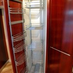 Vertical storage kitchen unit