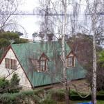 Home and annex overlooking River Derwent